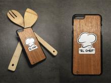 Carcasa Iphone 6s Plus en Caoba con grabado detalles blanco grabado